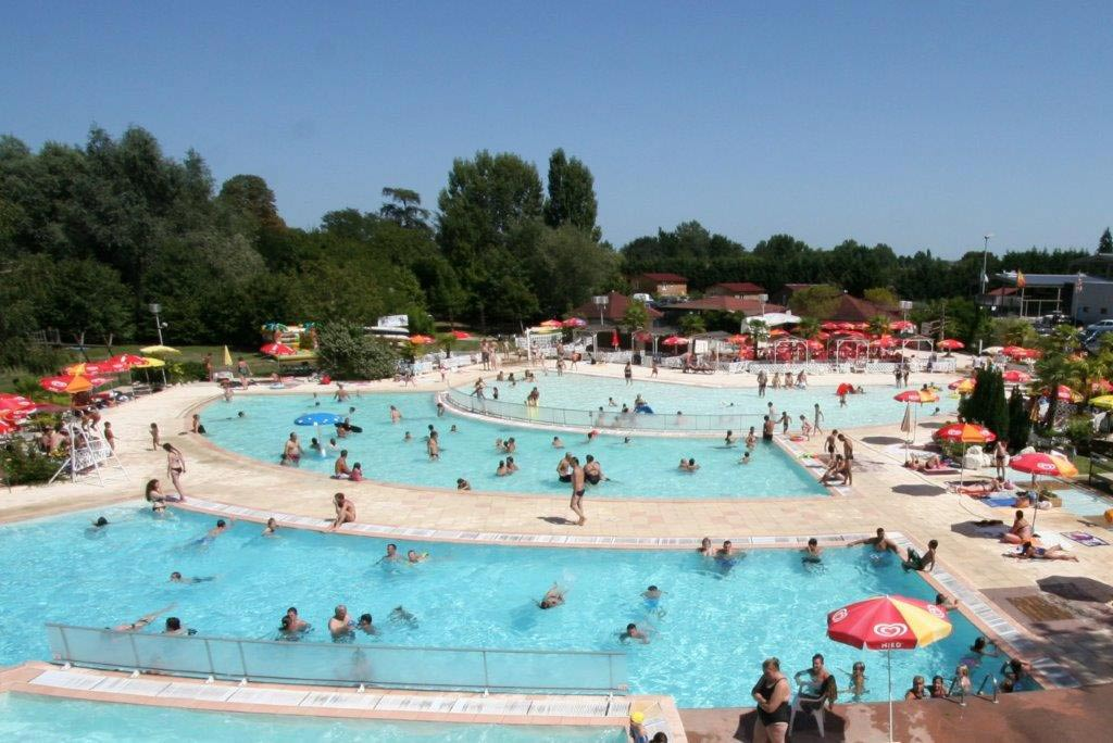 Aqua park canoe kayak location bergerac for Restaurant la piscine gardanne