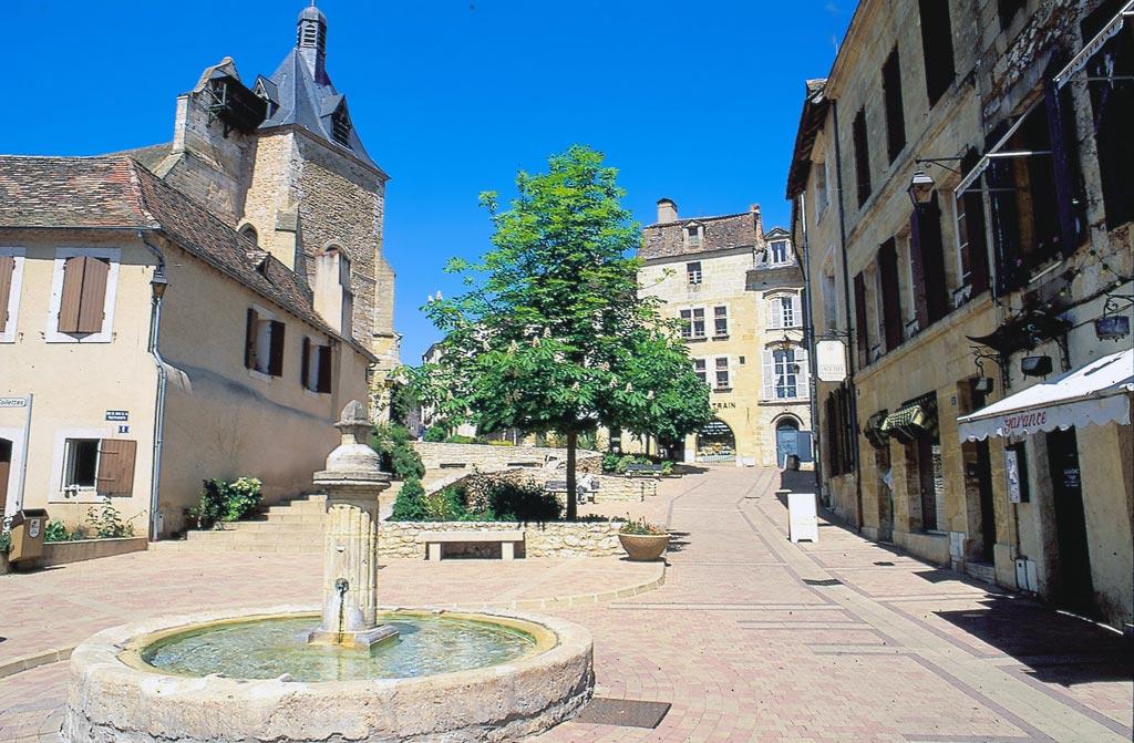 Bergerac villes villages et bastides bergerac - Bergerac piscine municipale ...