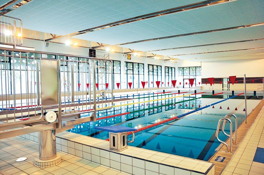 piscine bertran de born piscines centres aquatiques