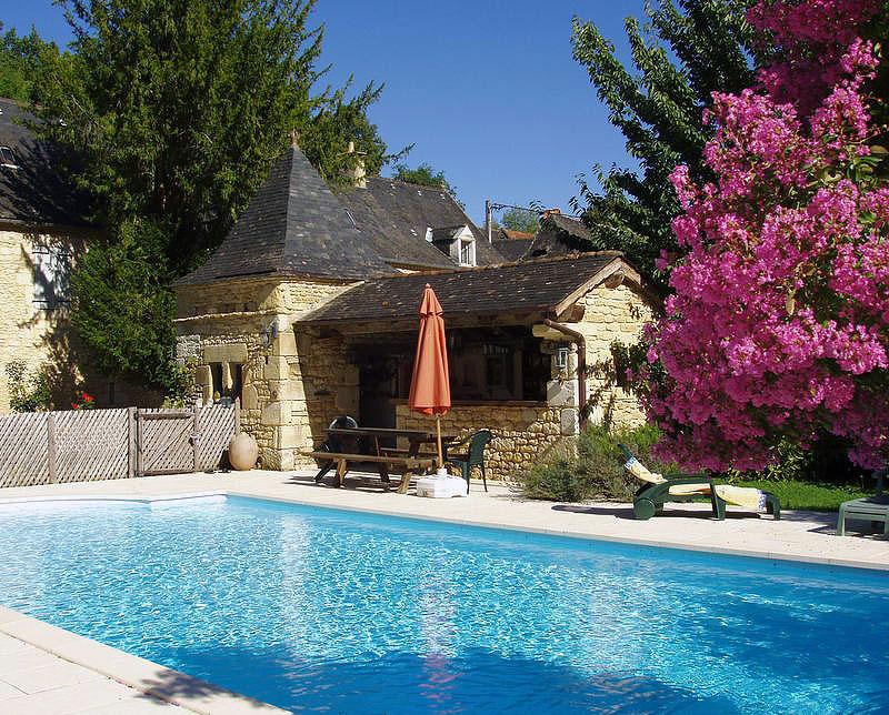 Foie gras lacabanne g tes 3 cl s accueil la ferme for Camping ferme dordogne avec piscine