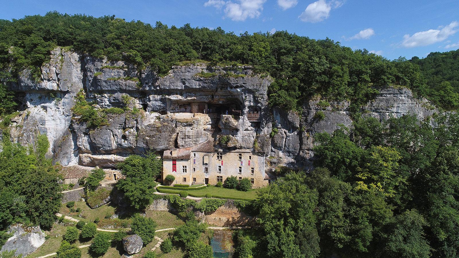 Maison Forte de Reignac - Sites troglodytiques à Tursac - Guide du
