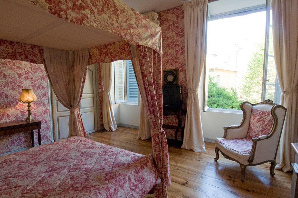 Les chambres du manoir sarlat chambres d 39 h tes for Les chambres du manoir