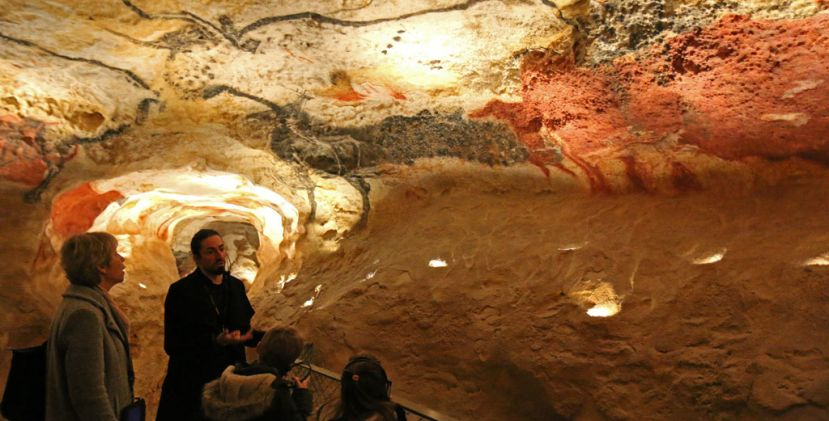 Come with us for a family visit of lascaux iv, vip style!