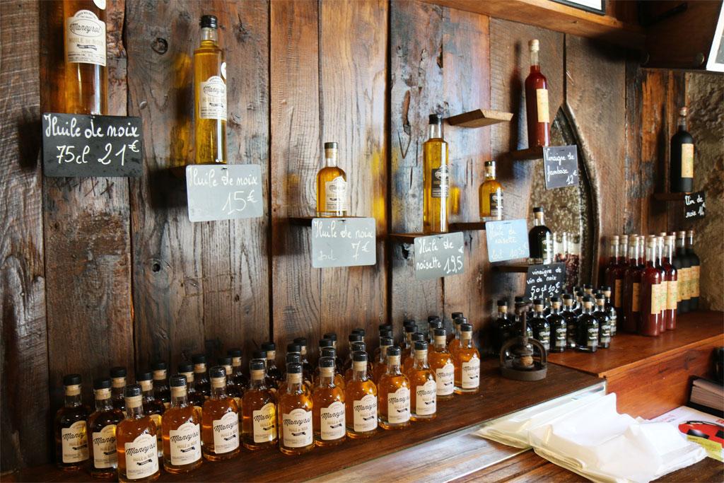 L'huile et les autres dérivés : la liqueur, le vin, le vinaigre.