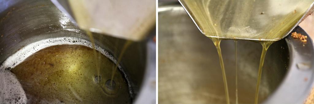 La pâte est ensuite chauffée et pressée dans une presse hydraulique pour extrair