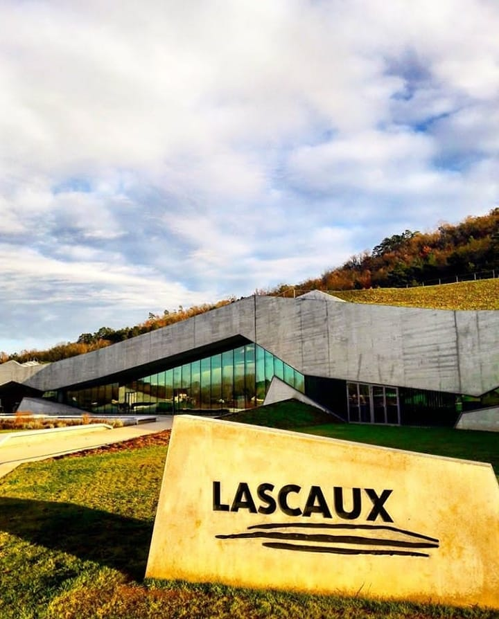 facade lascaux