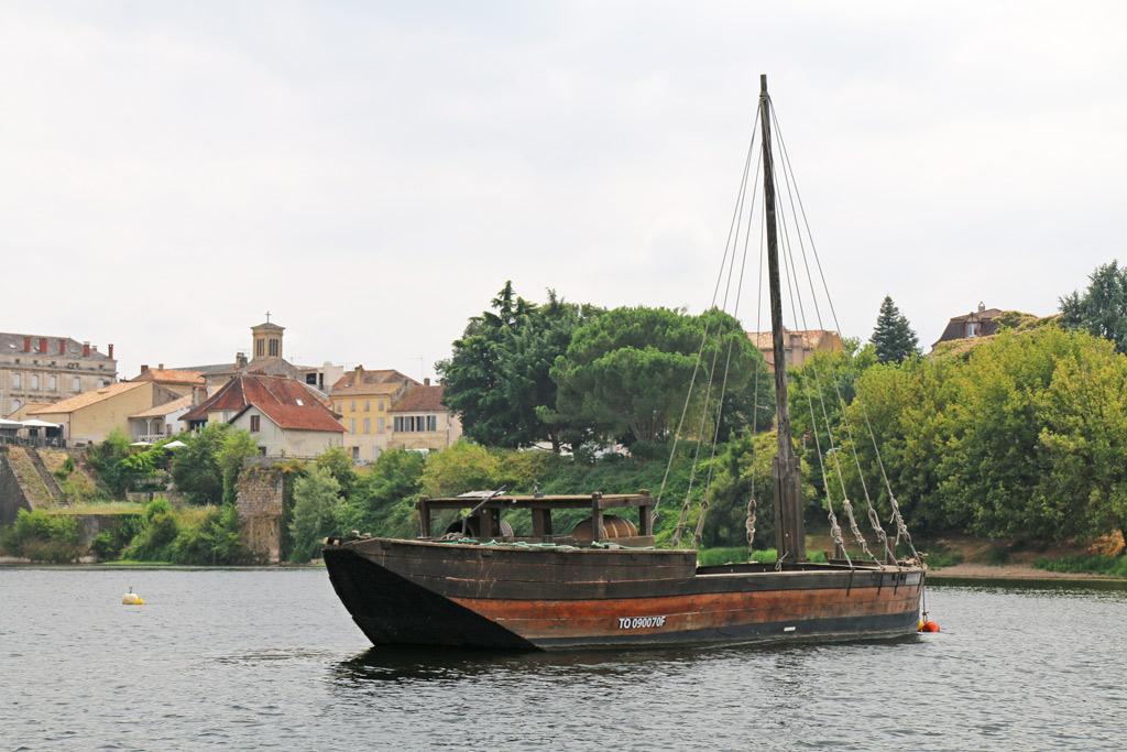 Gabarre ancienne sur la Dordogne