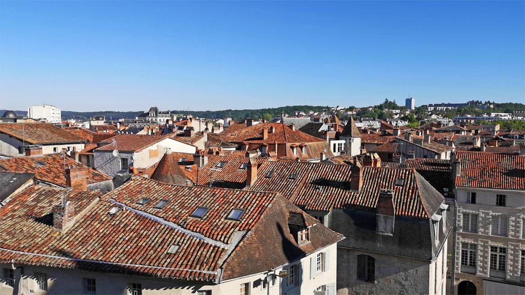 Vue sur les toits de la ville de Périgueux
