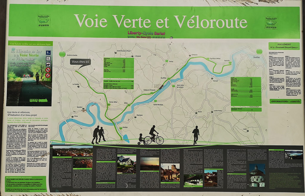 panneau indication velo route sarlat