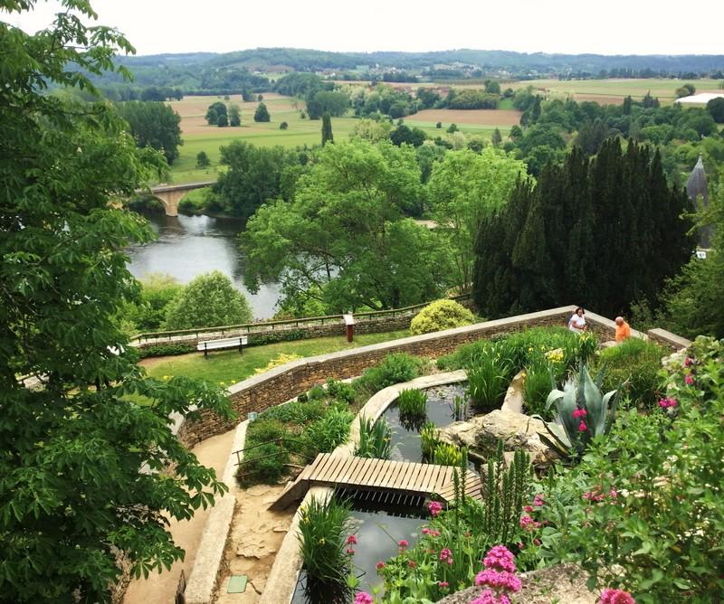 Limeuil et ses jardins panoramiques