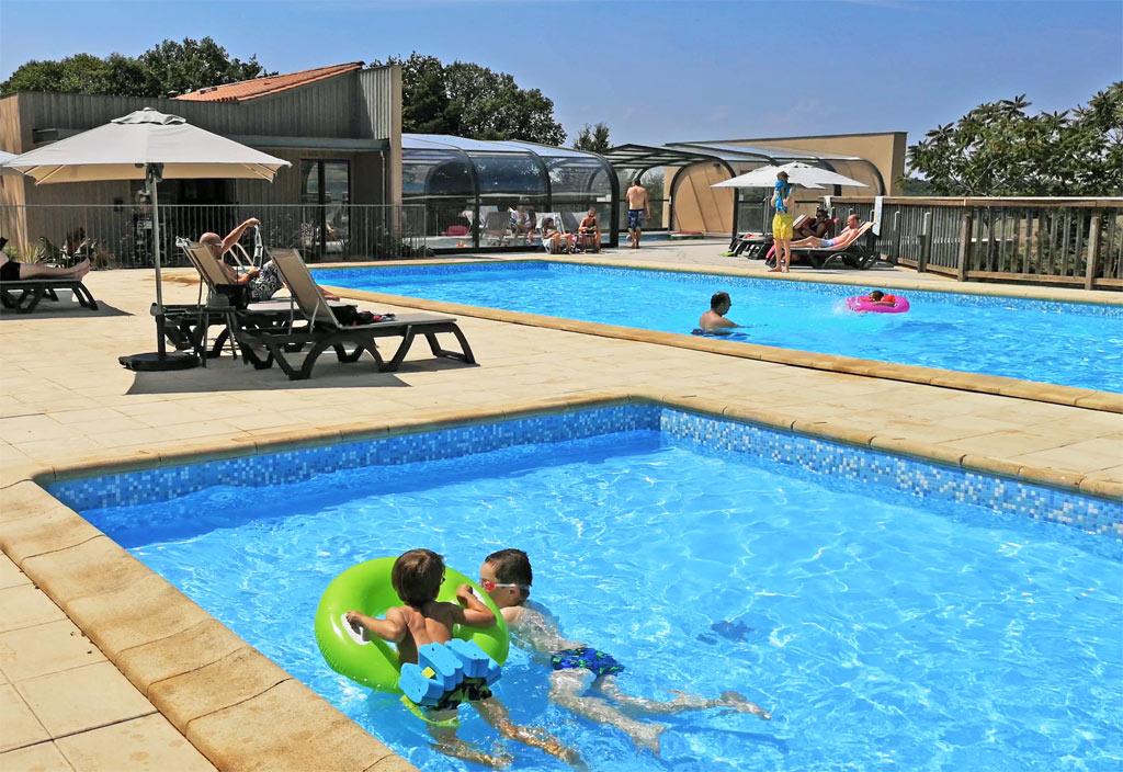 Swimming pool La Nouvelle Croze, Camping in Rouffignac Périgord Noir