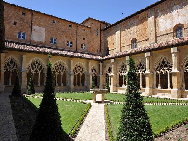 Abbaye de Cadouin - Perigord Noir
